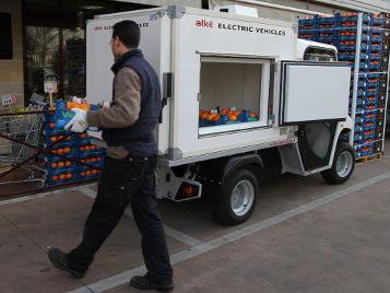Foodtruck und Kühlwagen für den mobilen Verkauf und Transport