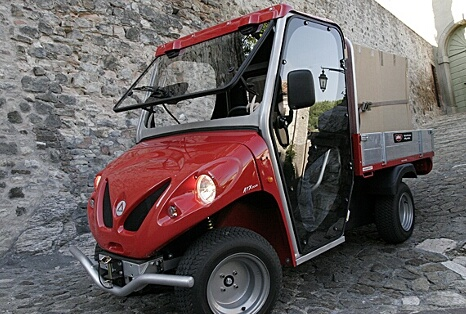 Cab doors for utility vehicles
