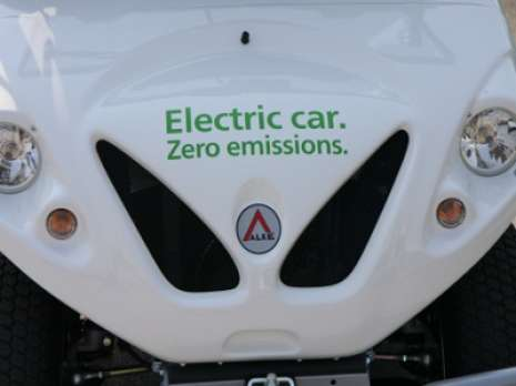 5 electric car hood close up