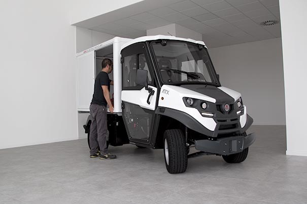 Electric Van cargo box – perfect for the transport of merchandise in urban areas and also off-road