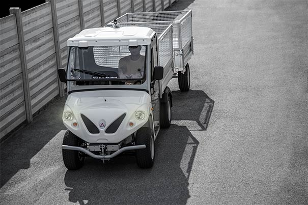 Alke' electric vehicles with utility trailer and mesh sides
