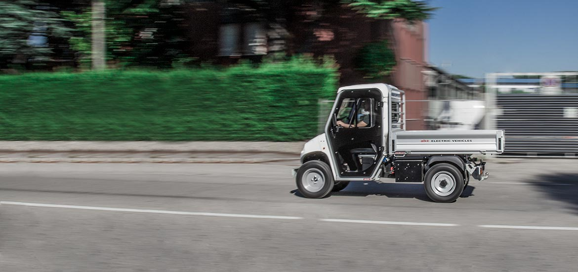 Electric Utility Vehicles With Cargo Bed