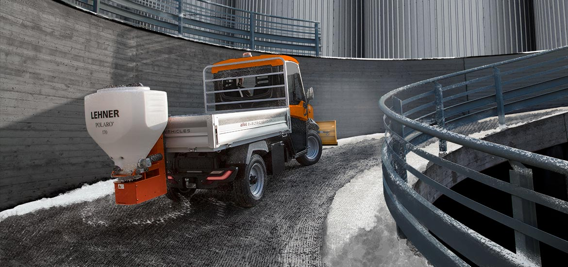 Vehicles with snow blade and salt spreader - Alke'