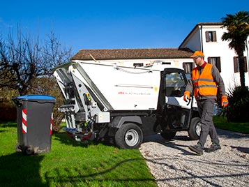 Door to door waste collection
