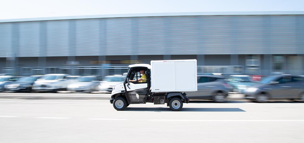 Light commercial vehicles for home delivery