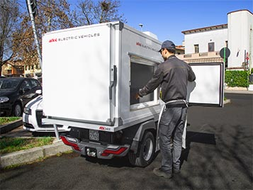 Refrigerated vans - Side door