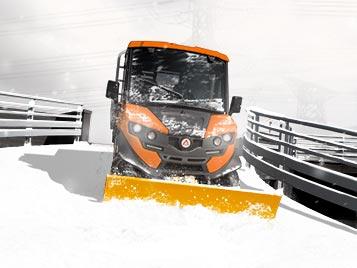 Electric vehicles snow blade