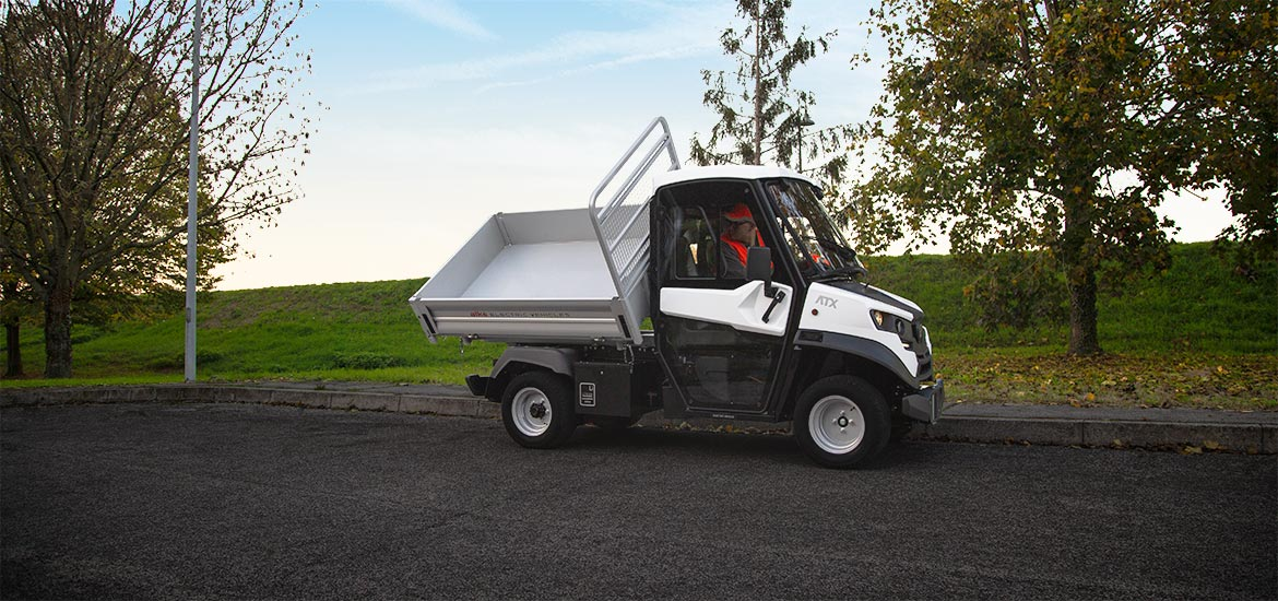 Low-speed vehicle - Approved electric vehicle with tipper