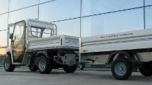 Vehicle with utility trailer