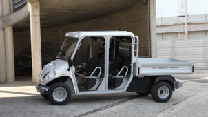 4 seat utility vehicles