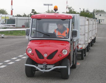 electric airport tractors