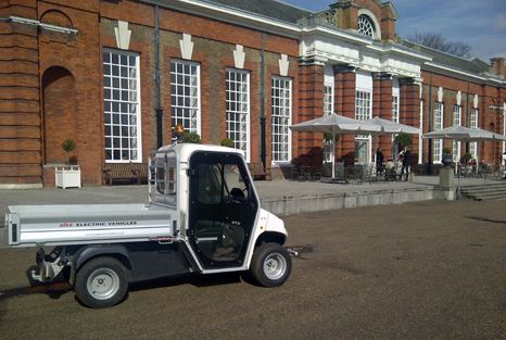 alke-elektrické vozy, Kensington Palace, Londýn