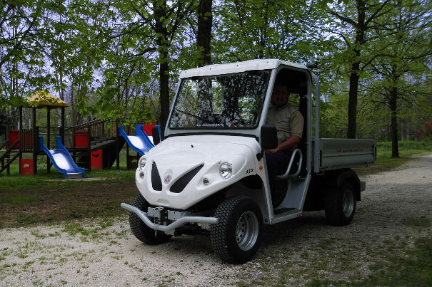 urban maintenance utility vehicles