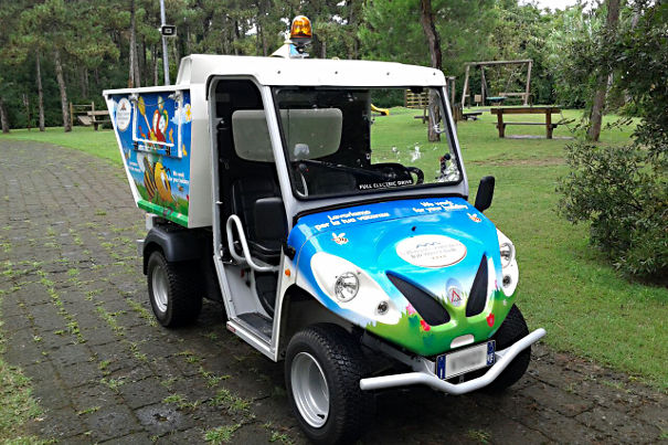 waste collection vehicles