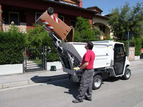 waste-collection-ecological-vehicle