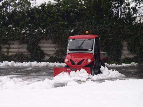 snow-plough-electric-vehicles