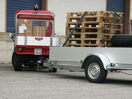 utility vehicles with trailer
