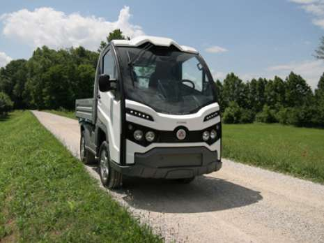 1-electric-vehicle-alke-XT320E